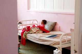 أطفال اليمن أكبر ضحايا الحرب والمجاعة