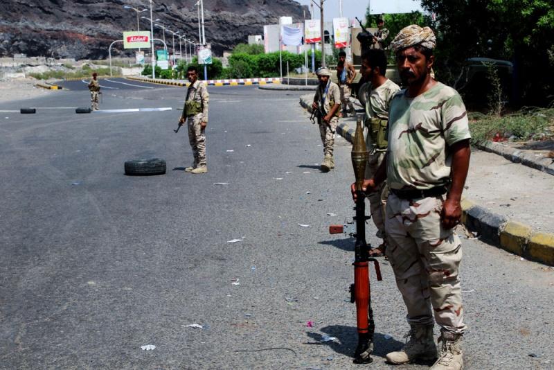 صحيفة بريطانية : المناطق اليمنية المحررة تدفع ثمن الفراغ الأمني بموجة من الاغتيالات السياسية