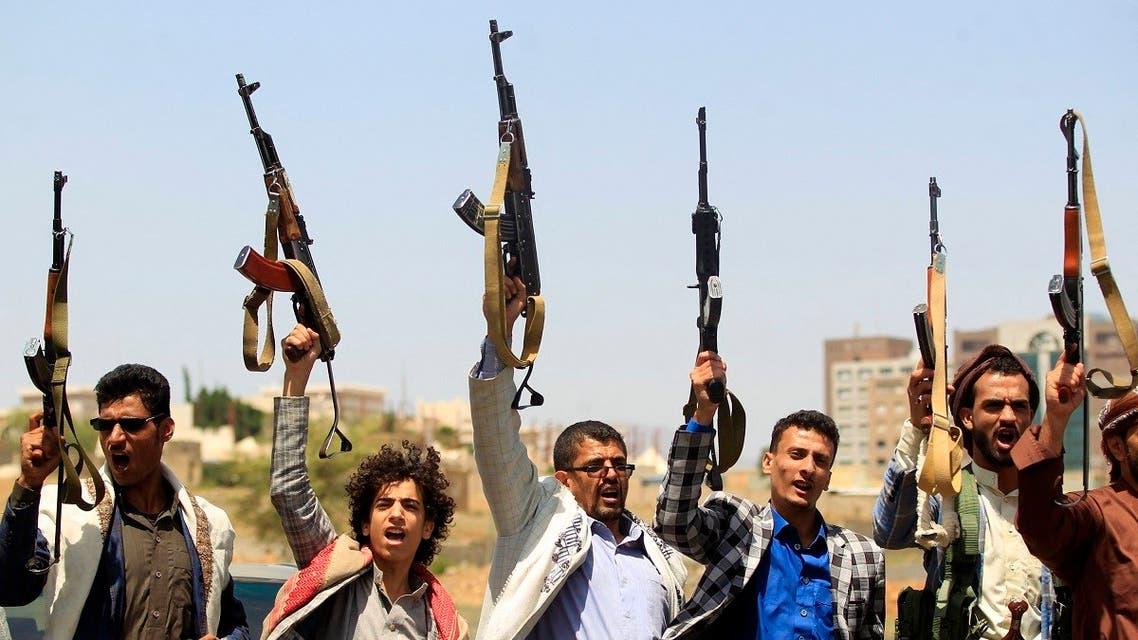 حكم الحوثي على طفله بالإعدام.. فمات الأب حزناً